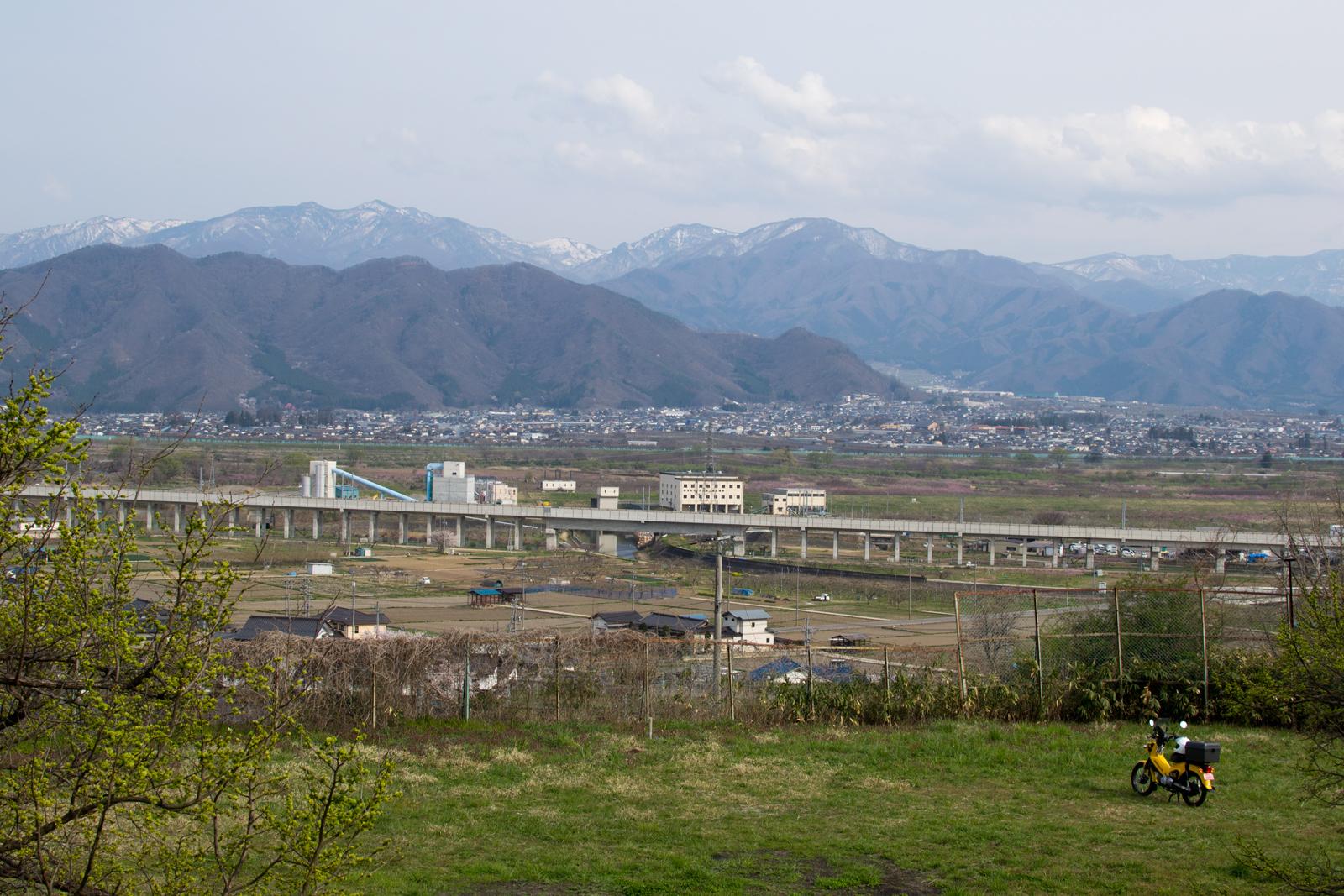 豊野から須坂市